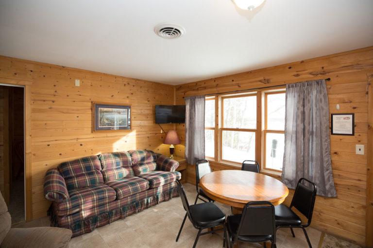 Cabin-1-Lake-of-the-Woods-Fishing-Resort-River-Bend-rbr-72-WEB