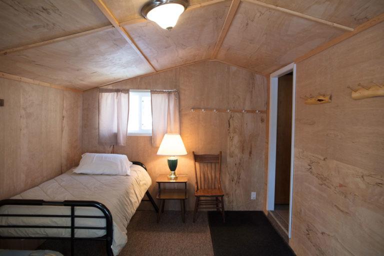 Cabin-13-Lake-of-the-Woods-Fishing-Resort-River-Bend-rbr-525-WEB