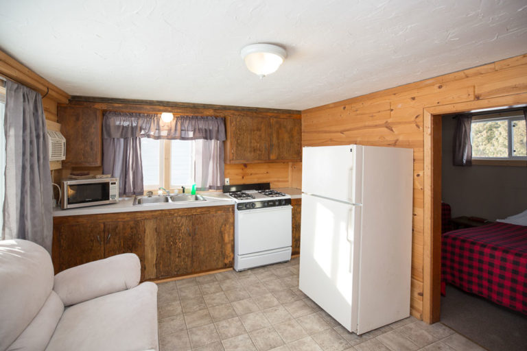 Cabin-2-Lake-of-the-Woods-Fishing-Resort-River-Bend-rbr-79-WEB