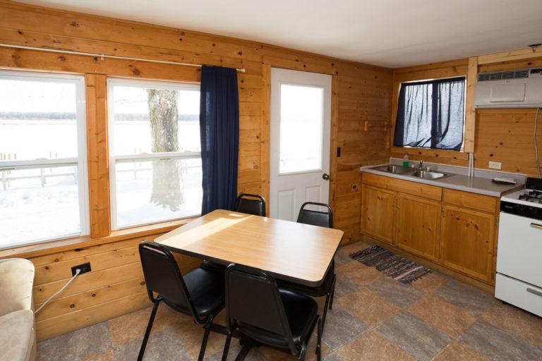 Cabin-5-Lake-of-the-Woods-Fishing-Resort-River-Bend-rbr-143-WEB