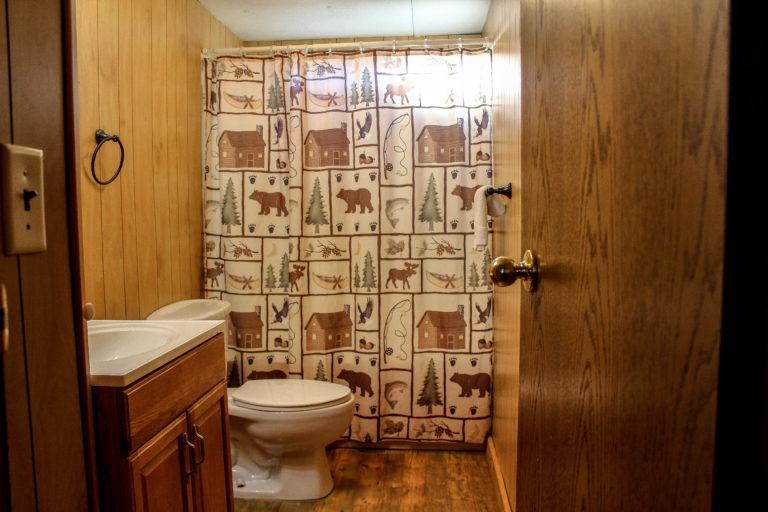 Unit 11- Bathroom